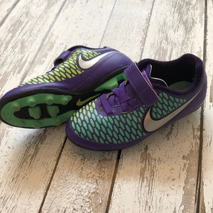 Other - Girls Nike Soccer cleats size 13